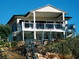 Top Deck Cliff House - Accommodation Mooloolaba