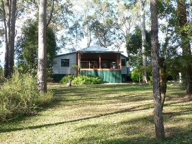 Bushland Cottages and Lodge - Accommodation Mooloolaba