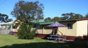 Alonga Cottages - Accommodation Mooloolaba