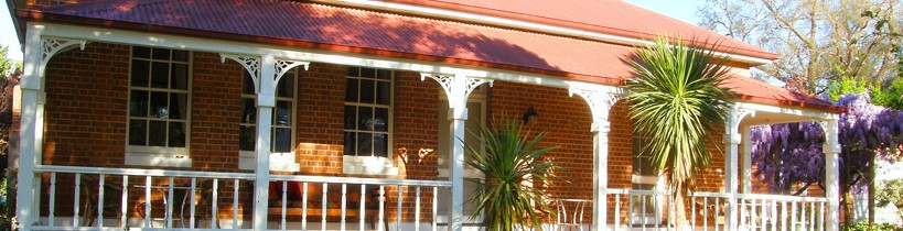 Araluen Old Courthouse Bed and Breakfast - Accommodation Mooloolaba