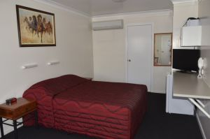 Waltzing Matilda Motor Inn - Accommodation Mooloolaba