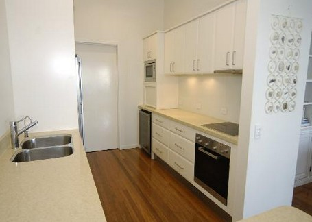 Claytons on Cylinder Beach Front Apartments - Accommodation Mooloolaba