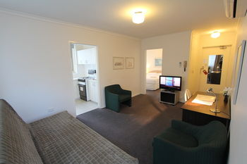 Drummond Apartments Services - Accommodation Mooloolaba