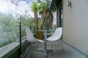 Comfy Kew Apartments - Accommodation Mooloolaba
