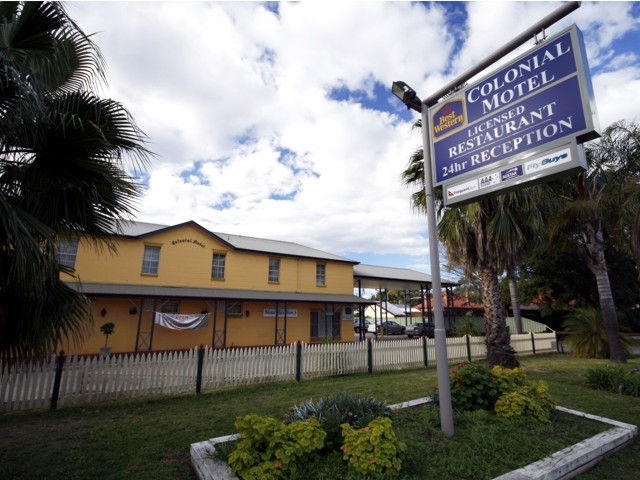 Colonial Motel - Accommodation Mooloolaba