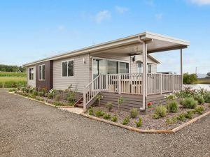 The Lake House Rothbury - Accommodation Mooloolaba