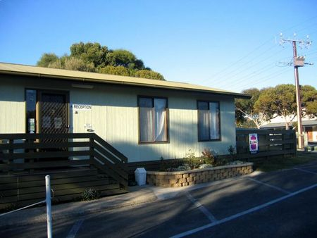 Lake Albert Caravan Park - Accommodation Mooloolaba
