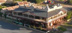 Royal Hotel Adelong - Accommodation Mooloolaba
