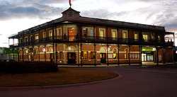 The Grand Terminus Hotel - Accommodation Mooloolaba