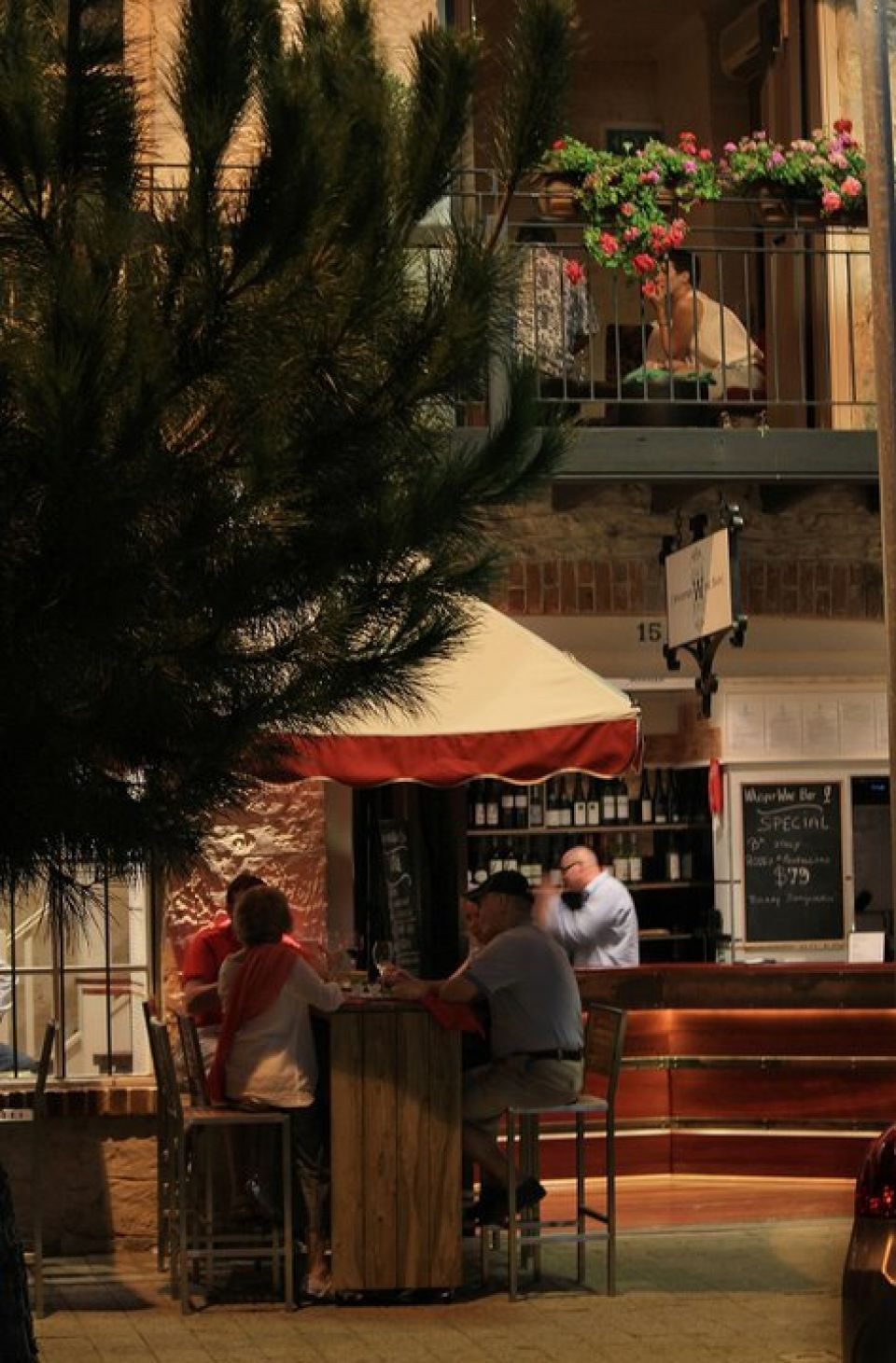 Whisper Wine Bar - Accommodation Mooloolaba