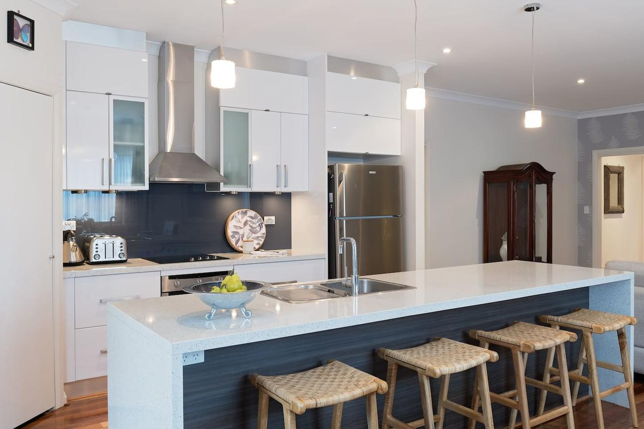 Boutique Getaway on Wright - Accommodation Mooloolaba