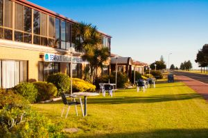 Lacepede Bay Motel  Restaurant - Accommodation Mooloolaba