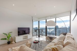High Rise apt in Heart of Sydney wt Harbour View - Accommodation Mooloolaba