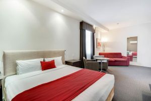 Prince of Wales Motor Inn - Accommodation Mooloolaba