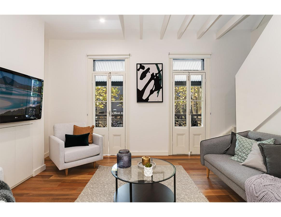 Walk to the city from this renovated heritage gem - Accommodation Mooloolaba