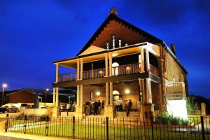 Perry Street Hotel - Accommodation Mooloolaba