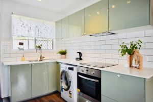Burrows Apartment - Accommodation Mooloolaba