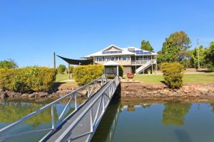 Campbell 7 - Large Queenslander on Maroochy River - Accommodation Mooloolaba