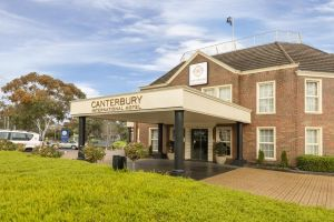 Canterbury International - Accommodation Mooloolaba