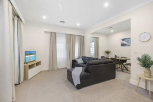 Central and Charming on Wallace - Accommodation Mooloolaba