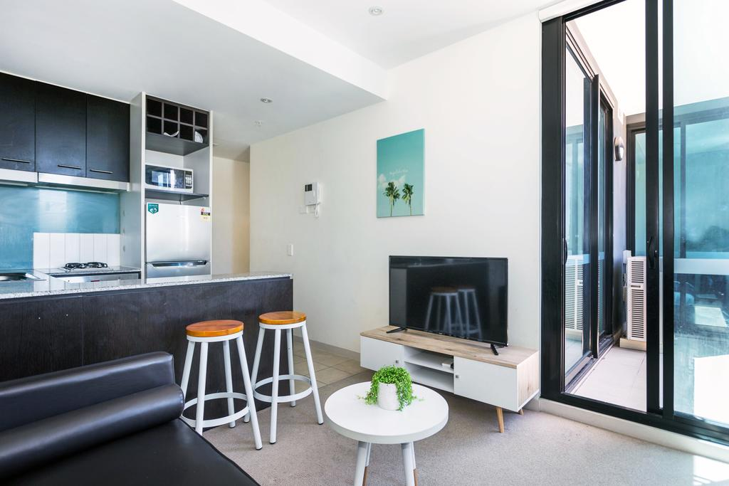 Central and Modern Apartment in Melbourne CBD - Accommodation Mooloolaba
