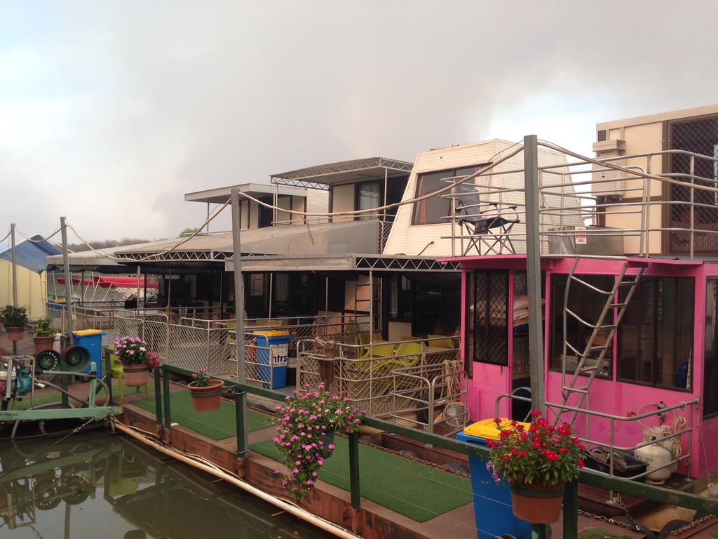 Corroboree Houseboats - Accommodation Mooloolaba