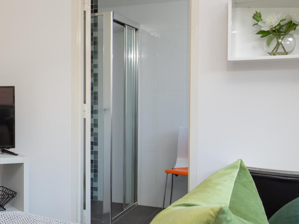 Cosy and Bright Studio Next to Westmead Hospital - Accommodation Mooloolaba
