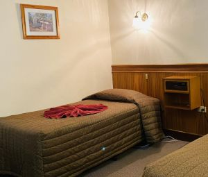County Lodge Motor Inn - Accommodation Mooloolaba