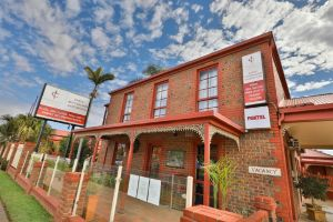Early Australian Motor Inn - Accommodation Mooloolaba