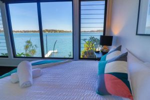 Elysium Lakehouse - Accommodation Mooloolaba