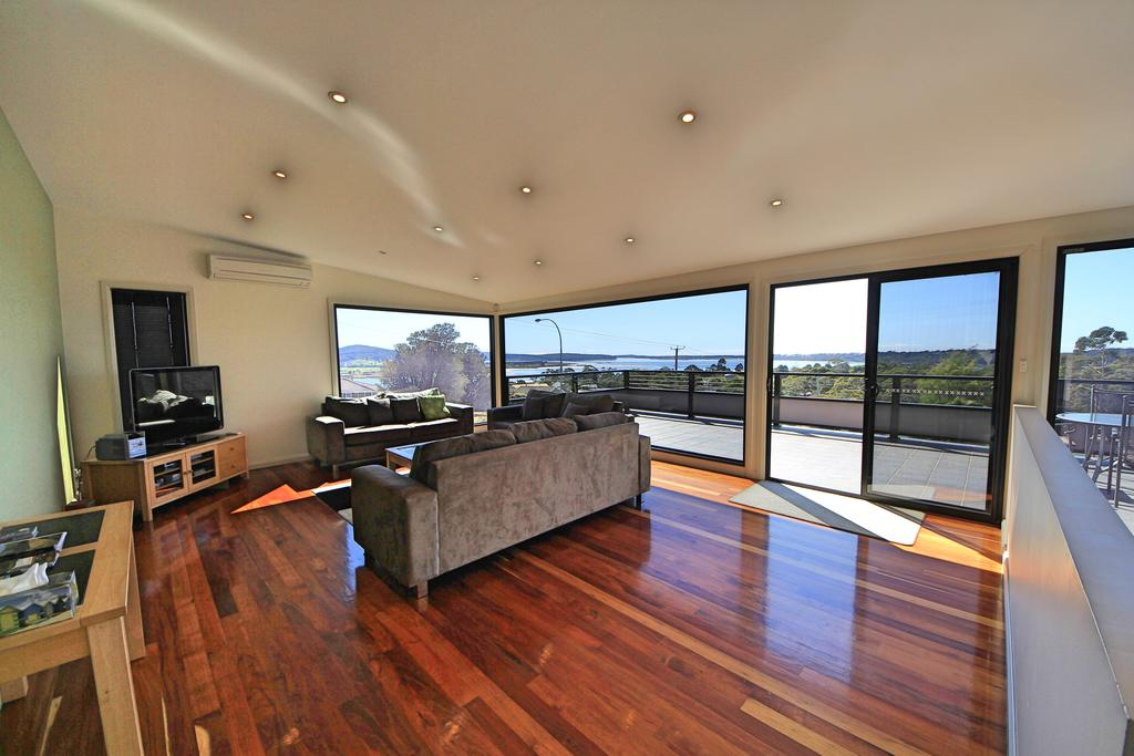 Georges Bay Luxury - Accommodation Mooloolaba