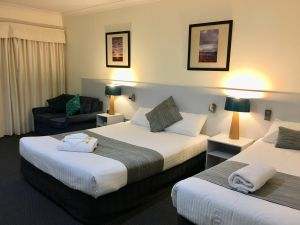 Lakeview Motor Inn - Accommodation Mooloolaba