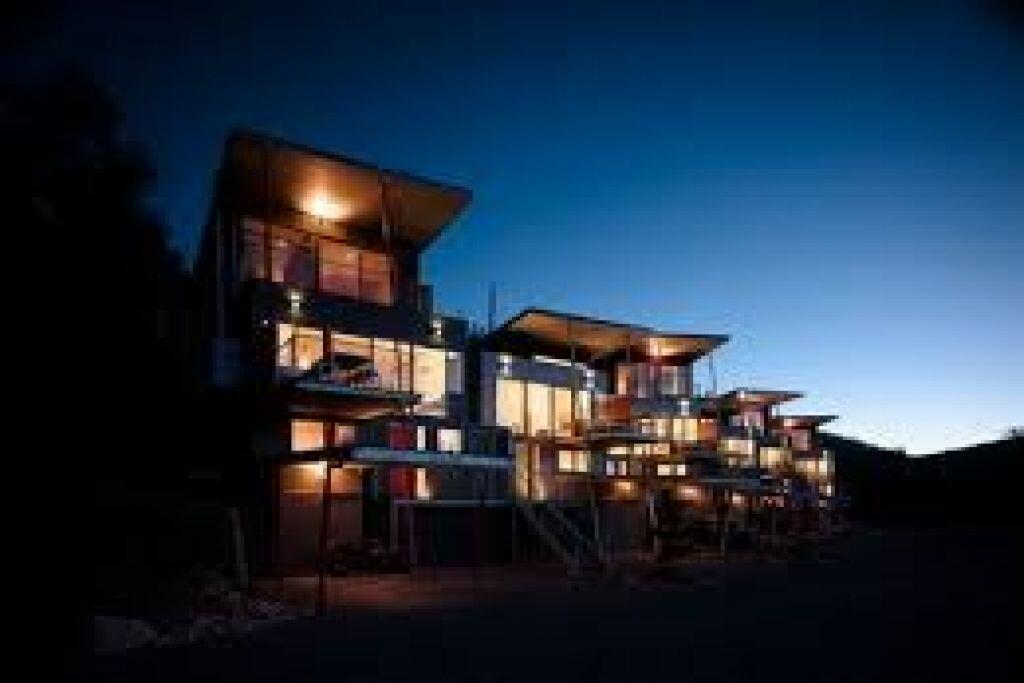 luxury Scandinavian townhouse - Accommodation Mooloolaba
