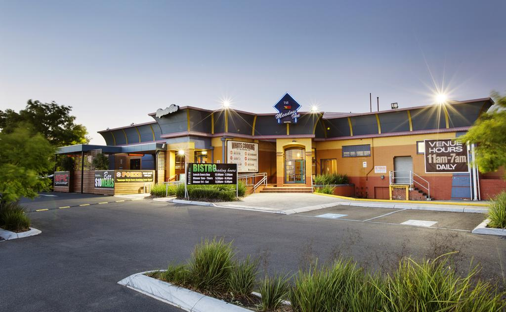 Meadow Inn Hotel-Motel - Accommodation Mooloolaba