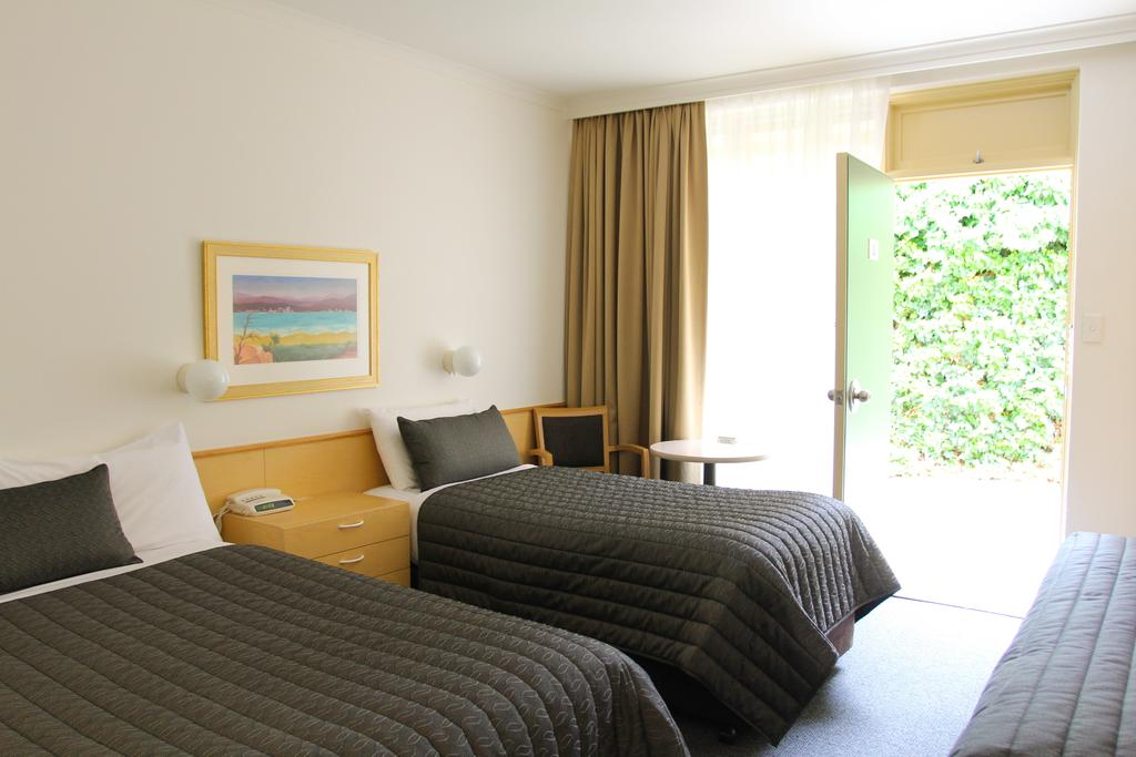Mid City Motor Inn Queanbeyan - Accommodation Mooloolaba