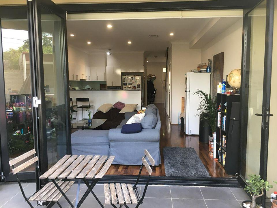 Modern house close to Sydneys vibrant Newtown area - Accommodation Mooloolaba