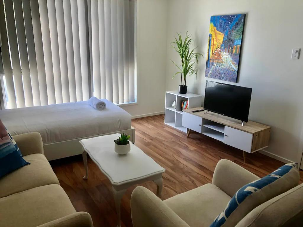 Modern Unit Near To Surfers Paradise - Accommodation Mooloolaba