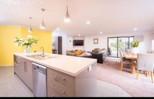 Euphoria House - Accommodation Mooloolaba