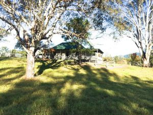 Old Schoolmaster's Cottage on the Barrington River - Accommodation Mooloolaba