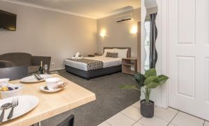 Pacific Coast Motel - Accommodation Mooloolaba
