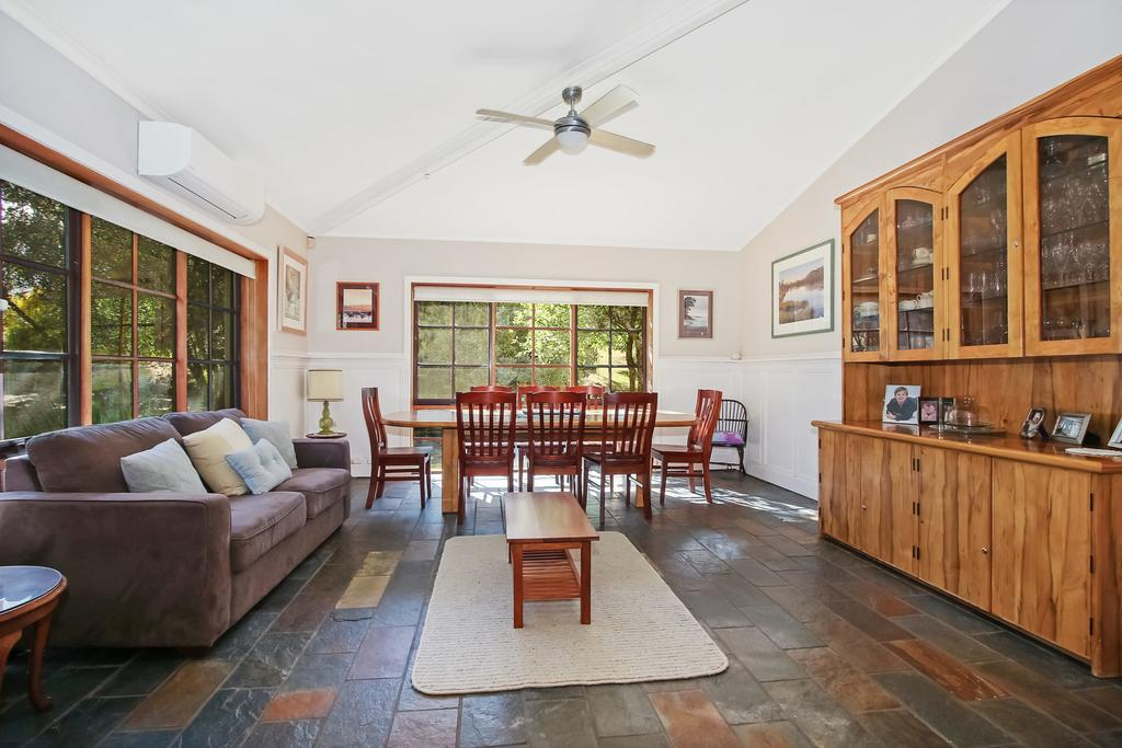 Porepunkah Elms - Holiday House - Accommodation Mooloolaba