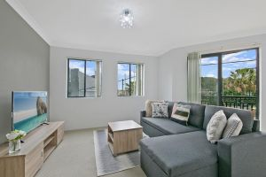 REDFERN 3 BEDROOM APARTMENT FREE PARKING WALK TO CENTRAL STATION NRE187 - Accommodation Mooloolaba