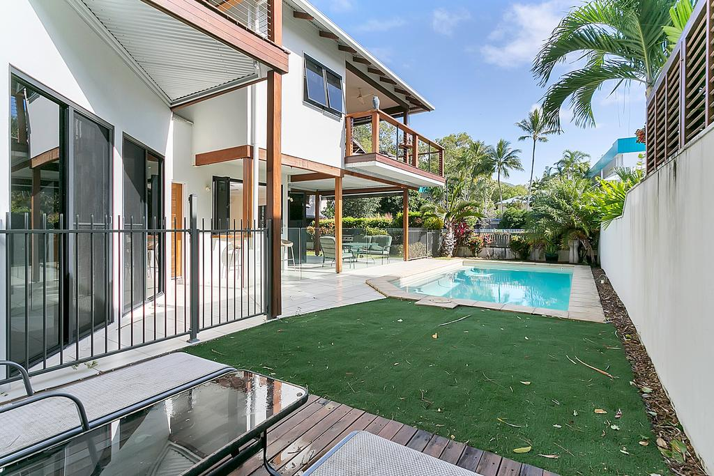 Reeflections Holiday Villas - Accommodation Mooloolaba
