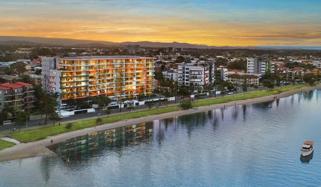 Silvershore Apartments on the Broadwater - Accommodation Mooloolaba