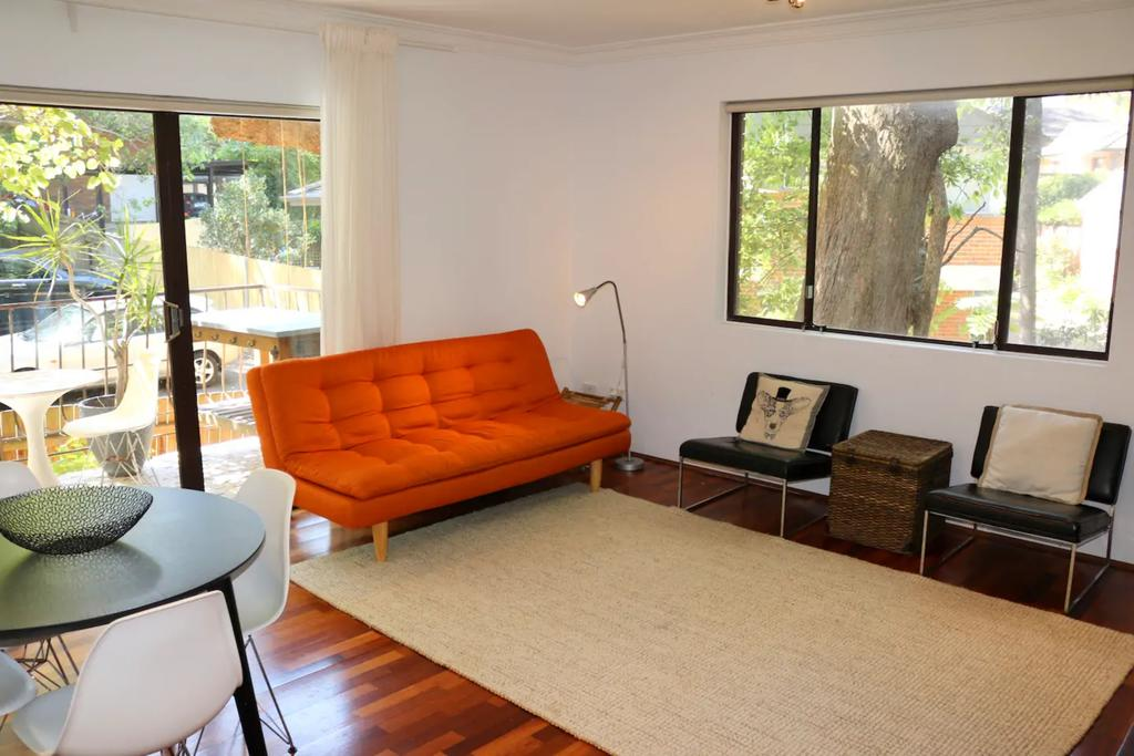 Spacious Apartment in Lane Cove Near CBD - Accommodation Mooloolaba