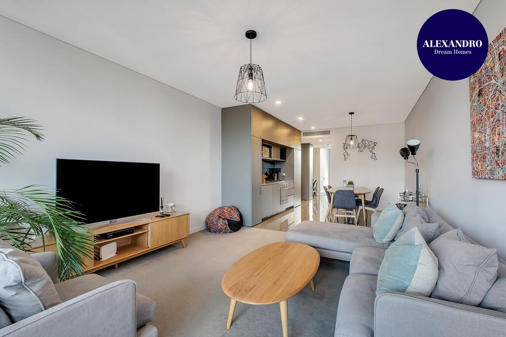 STYLISH CAMPERDOWN APARTMENT and PARKING INC - Accommodation Mooloolaba