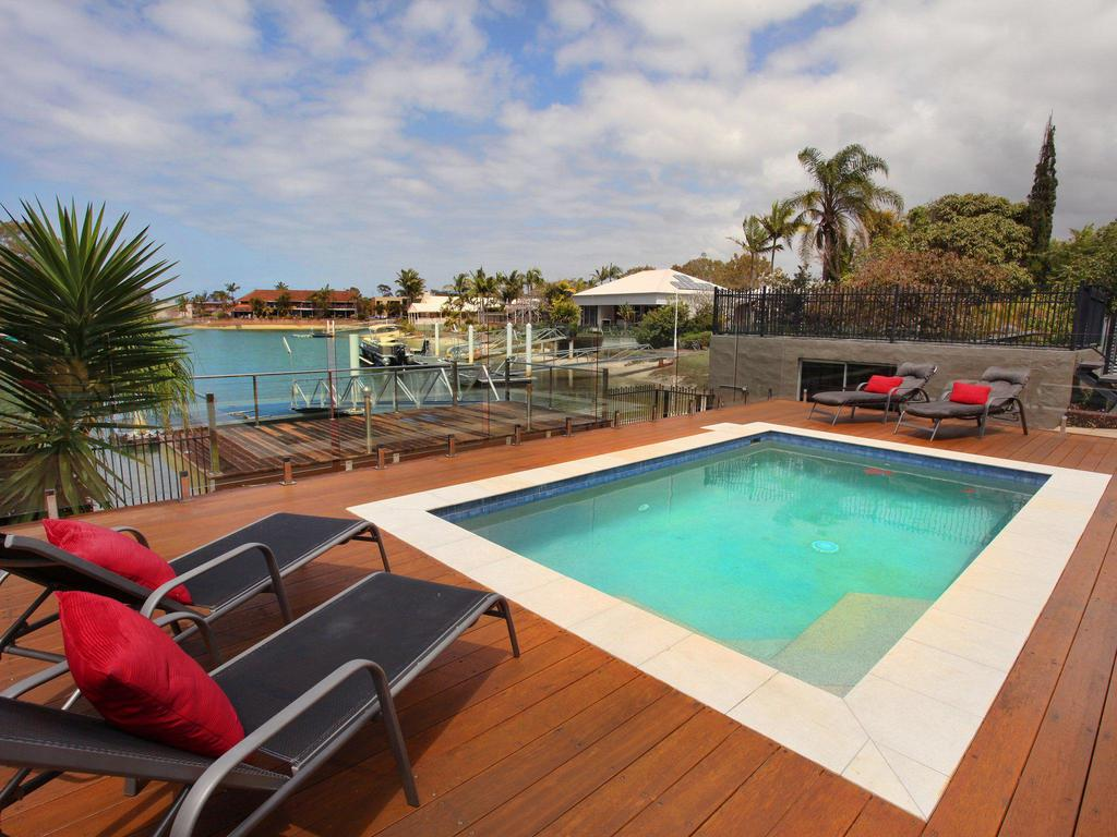 Tarcoola 49 - 4 BDRM Canal Home With Pool - Accommodation Mooloolaba