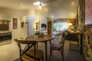Bright Mystic Valley - Accommodation Mooloolaba