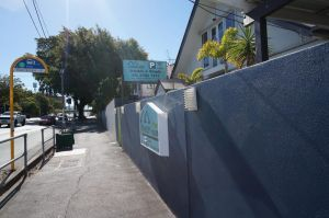 The Cliff House - Accommodation Mooloolaba