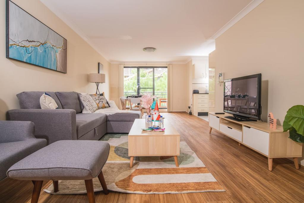 True Comfort 3bed2bath APT near Ashfield Station - Accommodation Mooloolaba